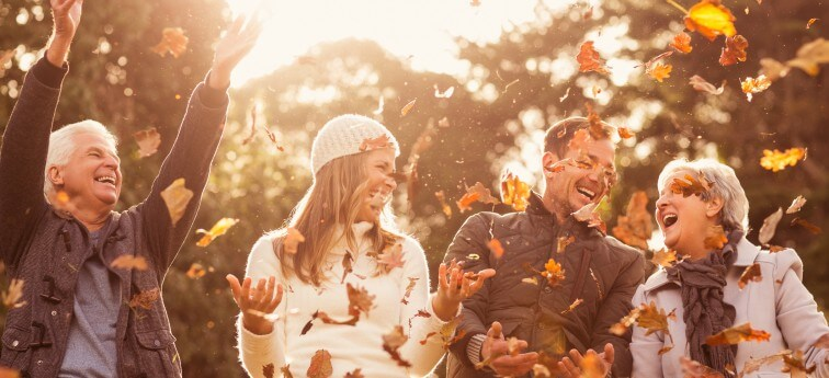 15 of Our Favorite Fall Activities for Elderly Parents