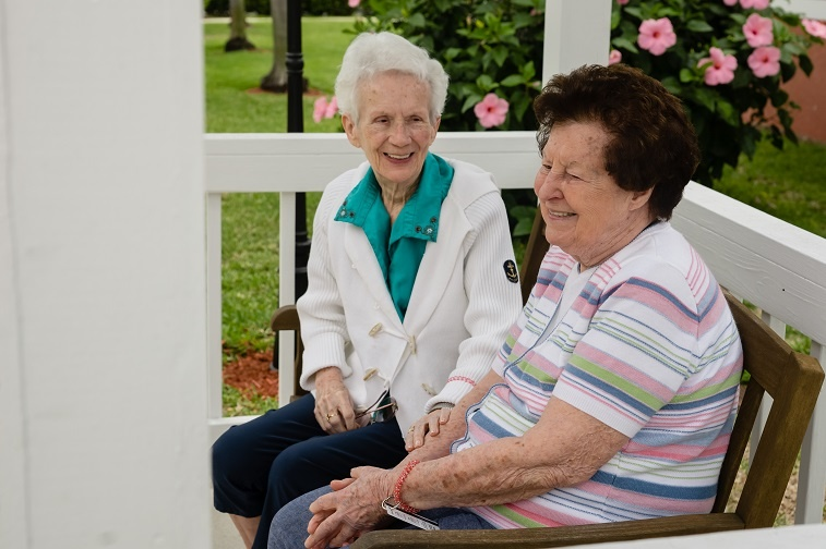 Is_It_Time_to_Move_Into_a_Senior_Living_Community.jpg