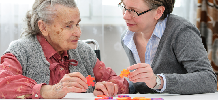 7 Activities for Seniors with Dementia