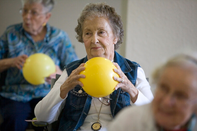 senior_wellness_6_ways_to_stay_active_this_fall.jpg