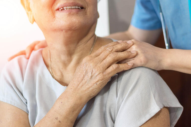 What Are the Common Symptoms of Caregiver Stress and Burnout?