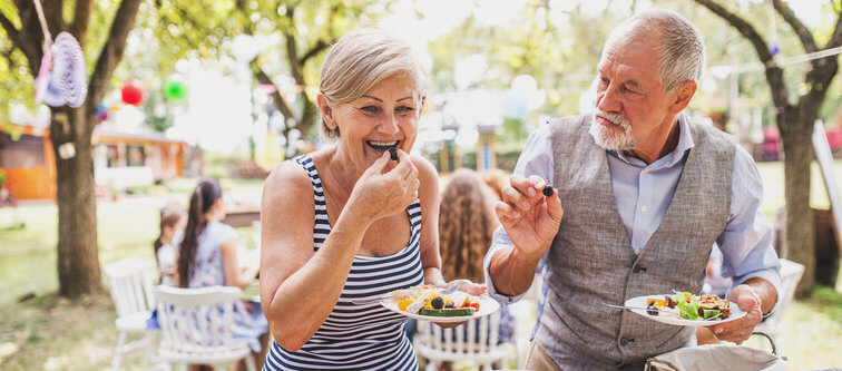 Senior Nutrition: 5 Changes You Need to Make to Your Diet as You ...